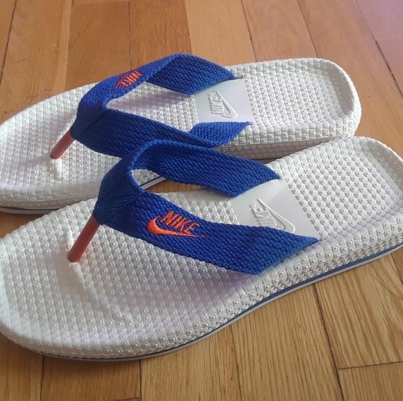 442cf8dea Vintage 1990s nike flip flop sandals. M 5adfab59daa8f6bfdc7a808f